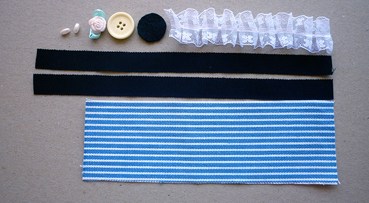 3 How to, How to make a fabric bracelet. Bracelet of Striped Denim. You will need.