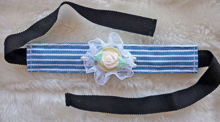 3 How to, How to make a fabric bracelet. Bracelet of Striped Denim.