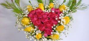 3_howto_flower_arrangements_in_heart_shape
