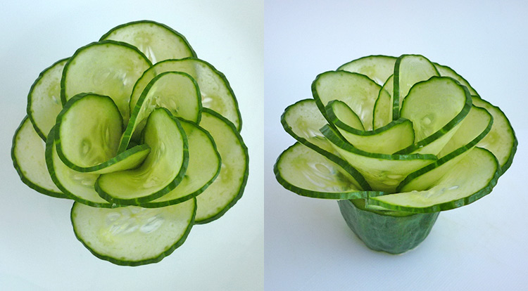 Cucumber flower with 12 petals, organize cucumber petals step 3