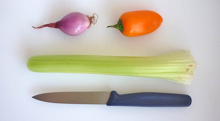 3 How to, Easy vegetable carving, You will need