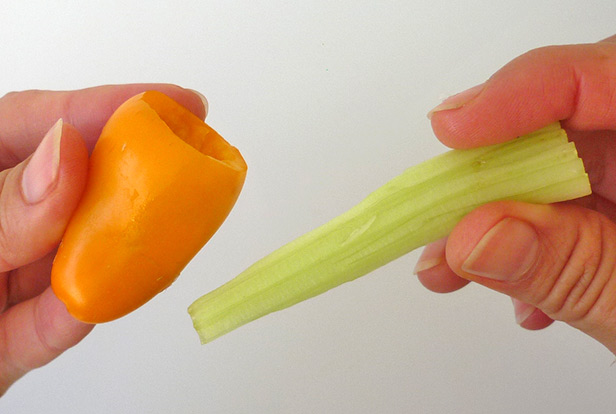 Easy vegetable carving, using celery to be pistils in the flower a variation 1
